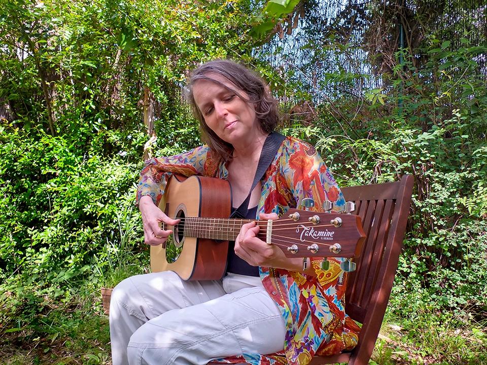 Ingrid_guitarra-Dreadnough_960x720_Web